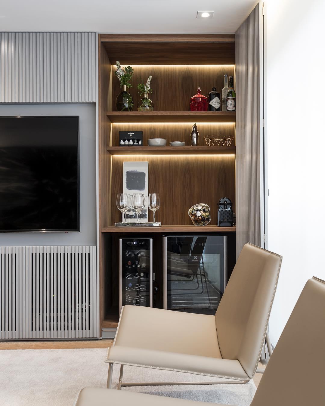 #474592 Bar de Parede 60 Modelos Projetos e Fotos Incríveis 1080x1349 píxeis em Bar Moderno Para Sala De Estar Imbutido