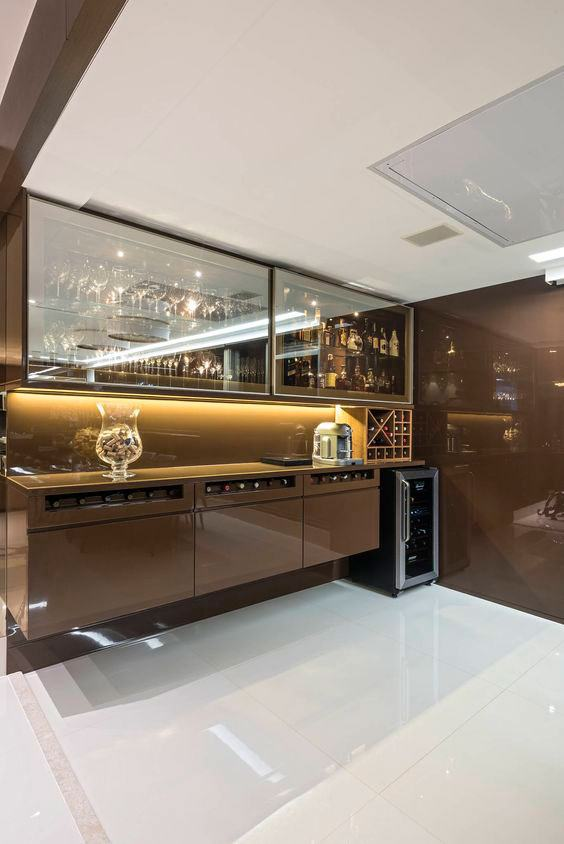 #474709 Bar de Parede 60 Modelos Projetos e Fotos Incríveis 564x844 píxeis em Bar Moderno Para Sala De Estar Imbutido