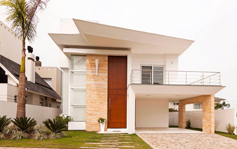 Casa com cobertura suspensa