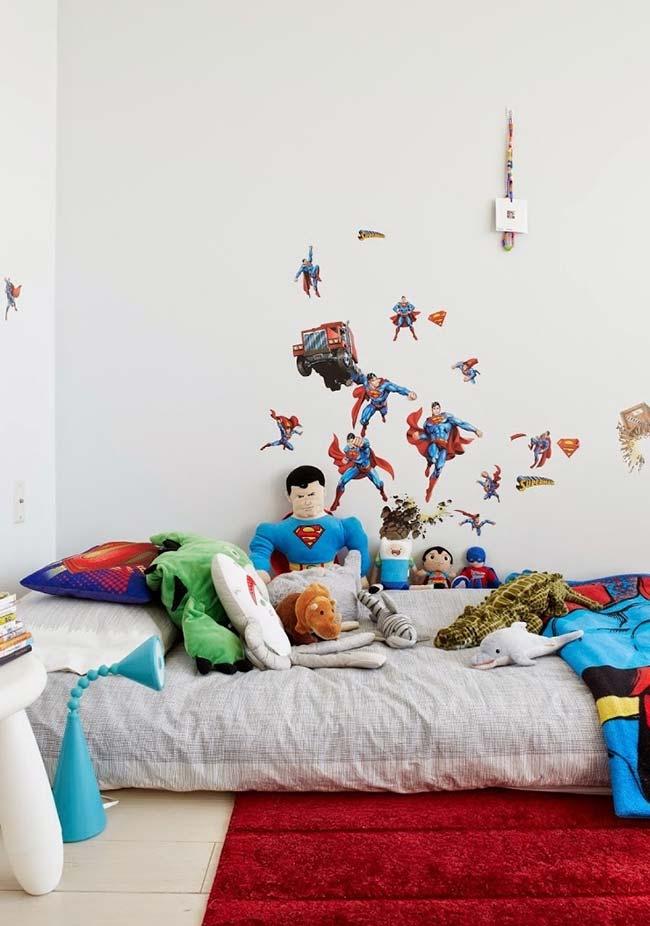 Decoração de quarto de menino com o tema Superman