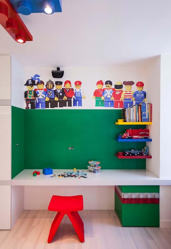 Quarto de menino tema LEGO para os amantes do brinquedo