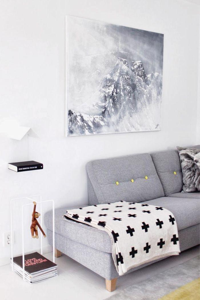 Mantas para sofá: estampa moderna da manta faz uma composição harmônica com o restante da sala