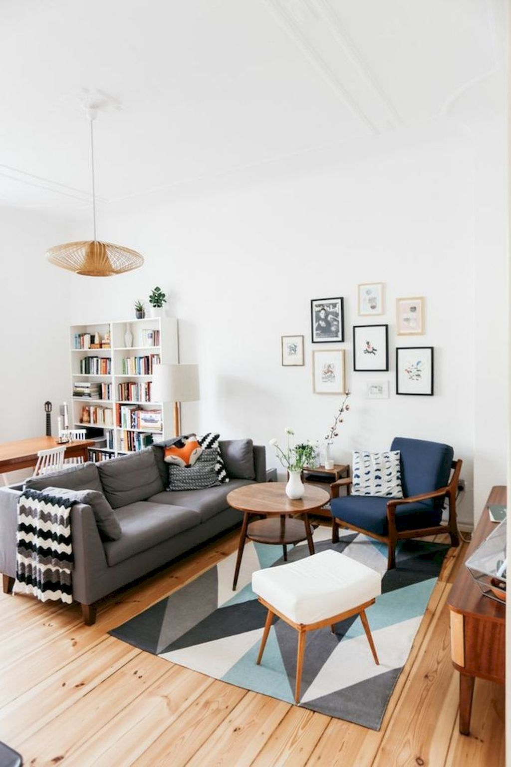 Manta preta e branca para sofá