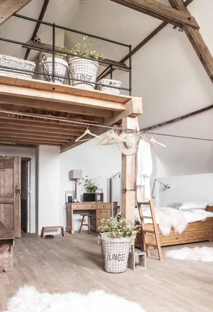 Rústico e de madeira: para quem é fã do estilo, esse mezanino é uma inspiração