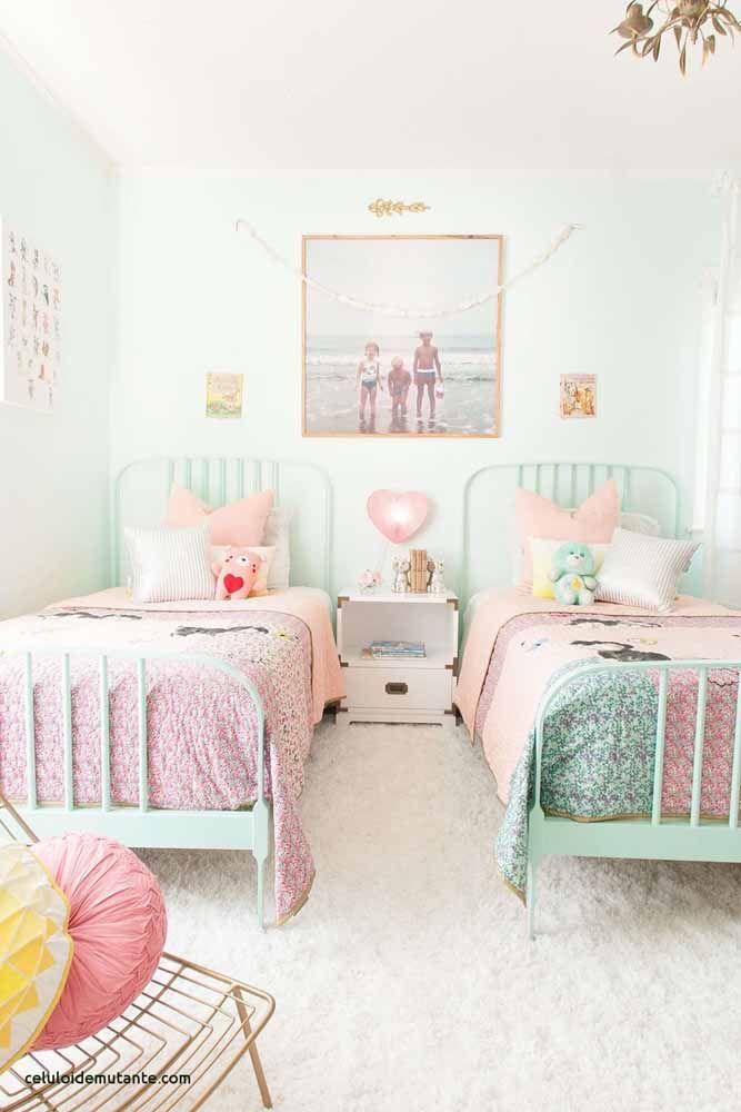 Uma releitura do passado para compor a decoração retrô desse quarto
