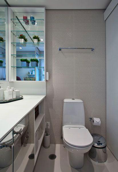 Prateleiras de Vidro 60 Modelos e Ideias para Decorar -> Banheiro Decorado Com Prateleiras De Vidro