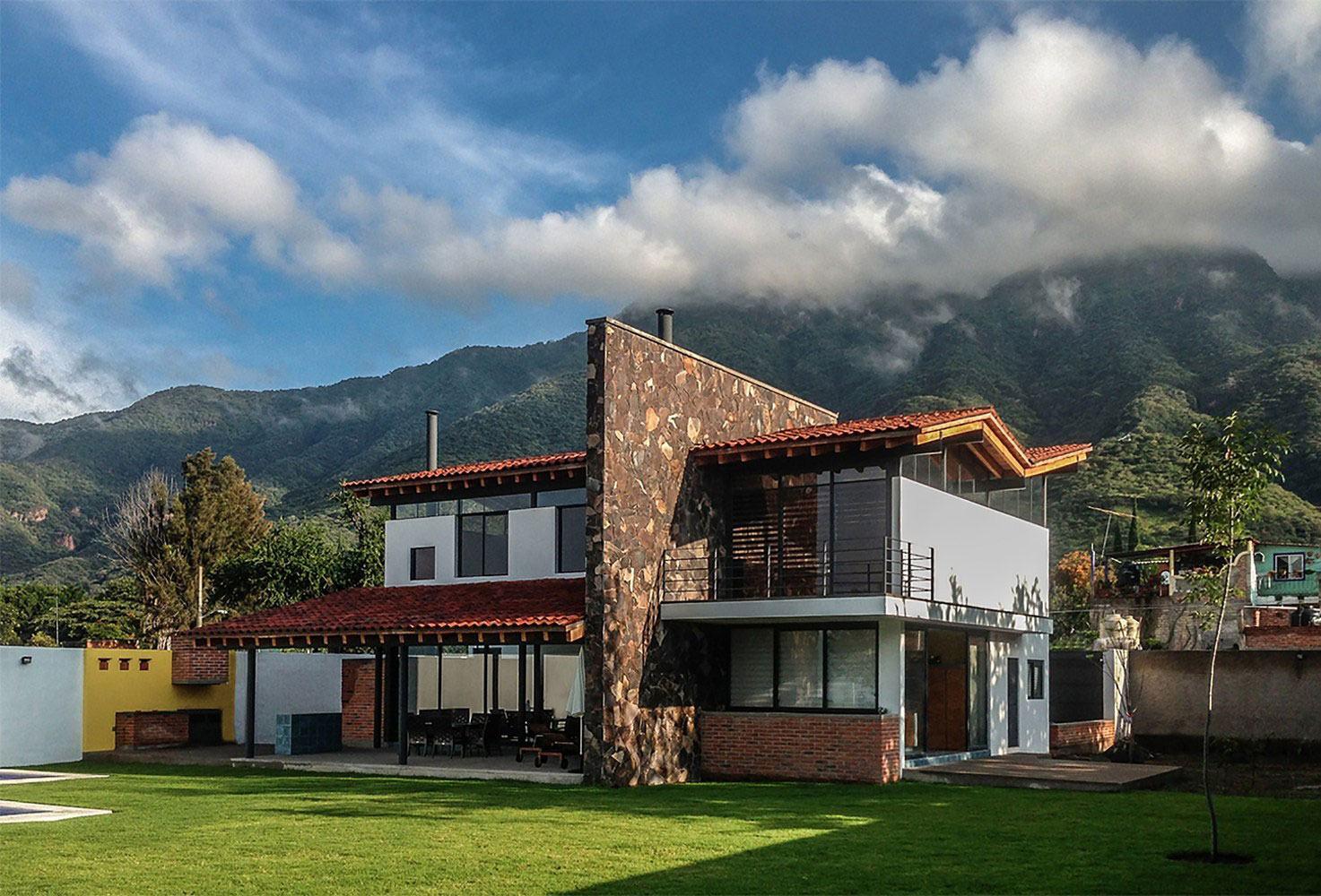Casas mediterr neas 60 modelos e projetos com o estilo for Casas minimalistas modernas con cochera subterranea