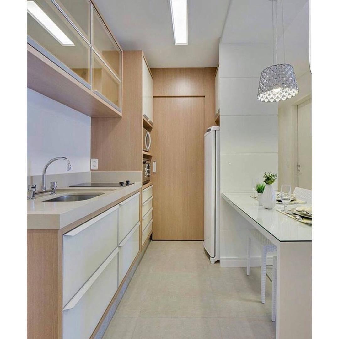 Modelo de cozinha clean planejada