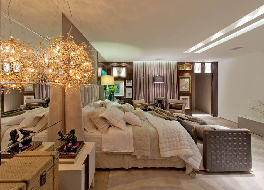 O formato de bola com detalhes é moderno e ao mesmo tempo leva um toque delicado para o quarto.