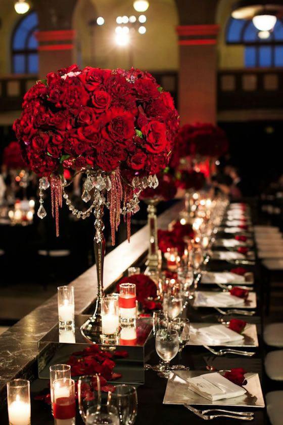 A rosa vermelha é sedutora, envolvente e apaixonante.