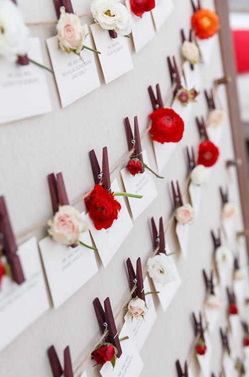 Decoraç u00e3o de Casamento Vermelho 80 Fotos Inspiradoras -> Decoração De Casamento Simples Com Tnt Vermelho E Branco
