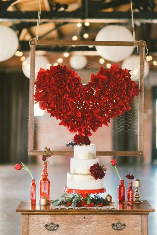 Mesa de bolo mais tímida, mas cheia de charme!