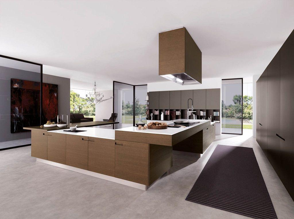 Cozinha ampla com decoração marrom.