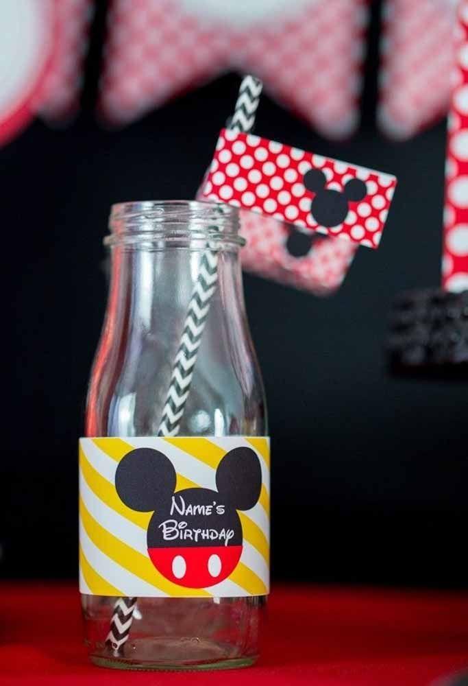 Bebidinhas personalizadas com embalagem do Mickey