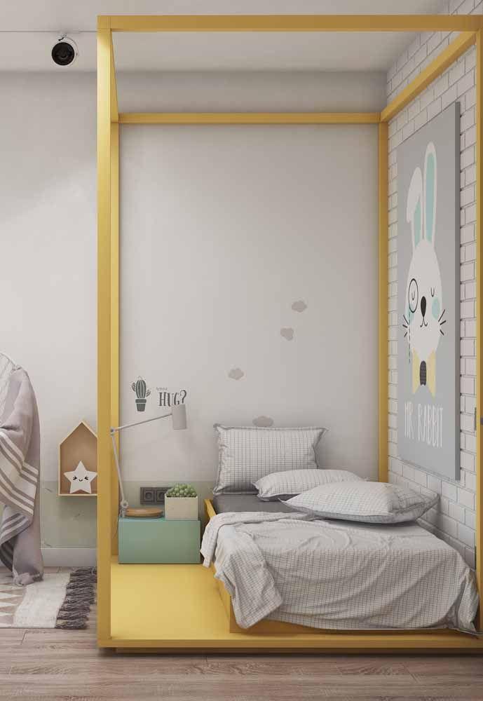 Dossel que delimita o espaço da cama