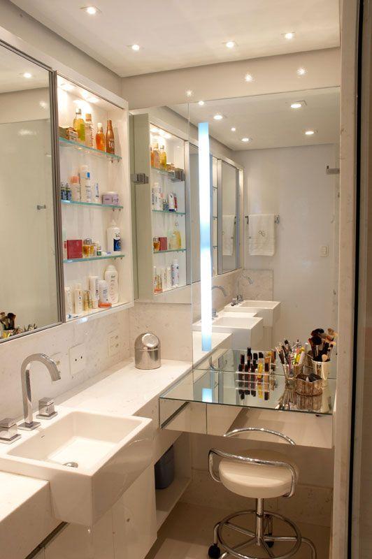 Gabinete para Banheiro 65 Modelos e Como Escolher # Como Improvisar Um Armario De Banheiro