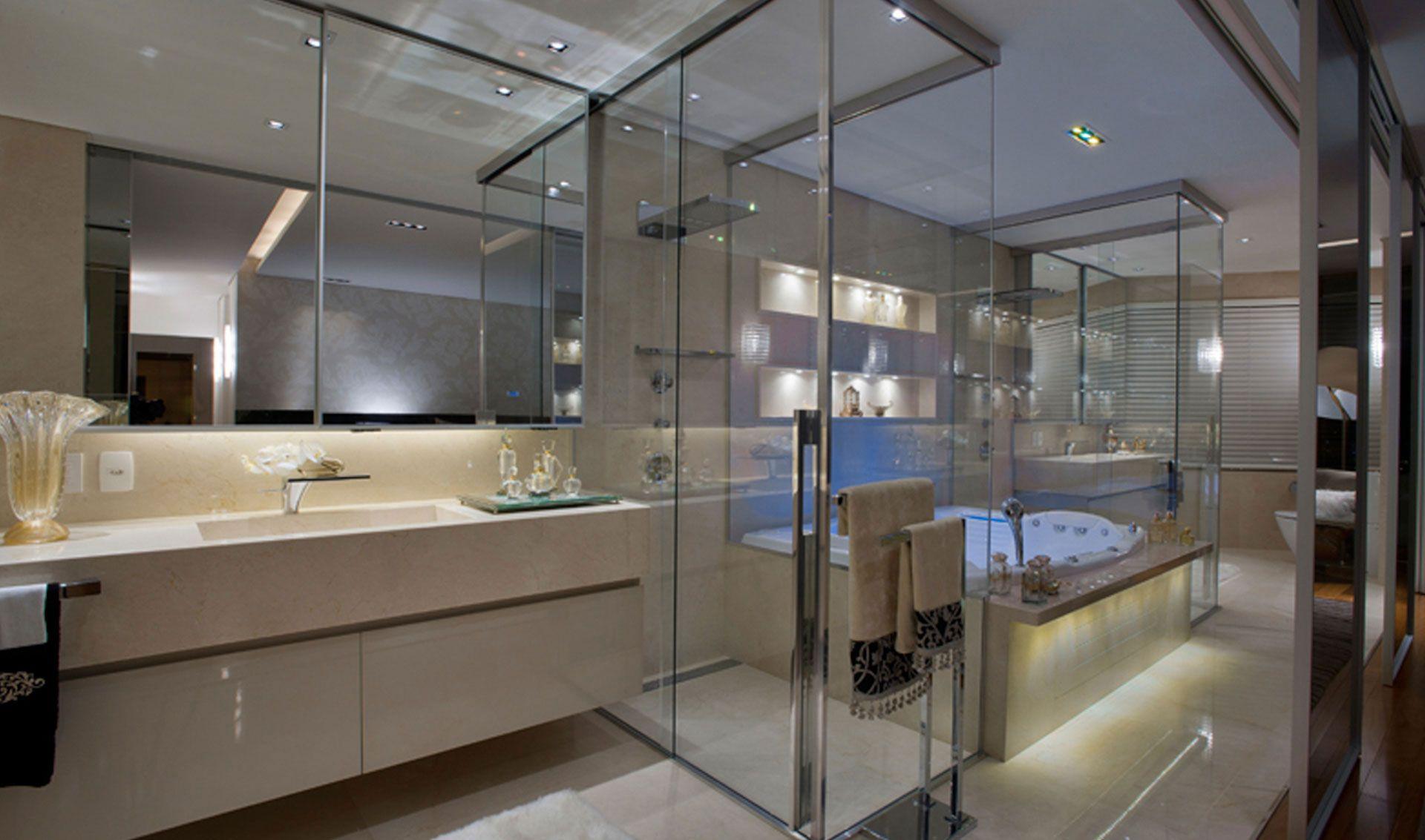 Para uma suíte onde o banheiro fica aparente opte por um gabinete  #4D5C7E 1920 1133
