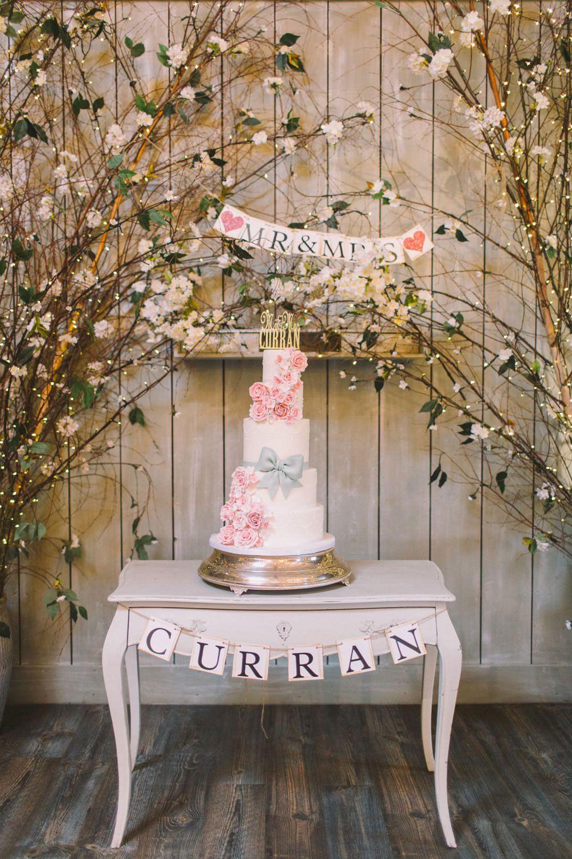 Personalidade dos noivos na decoração de casamento simples