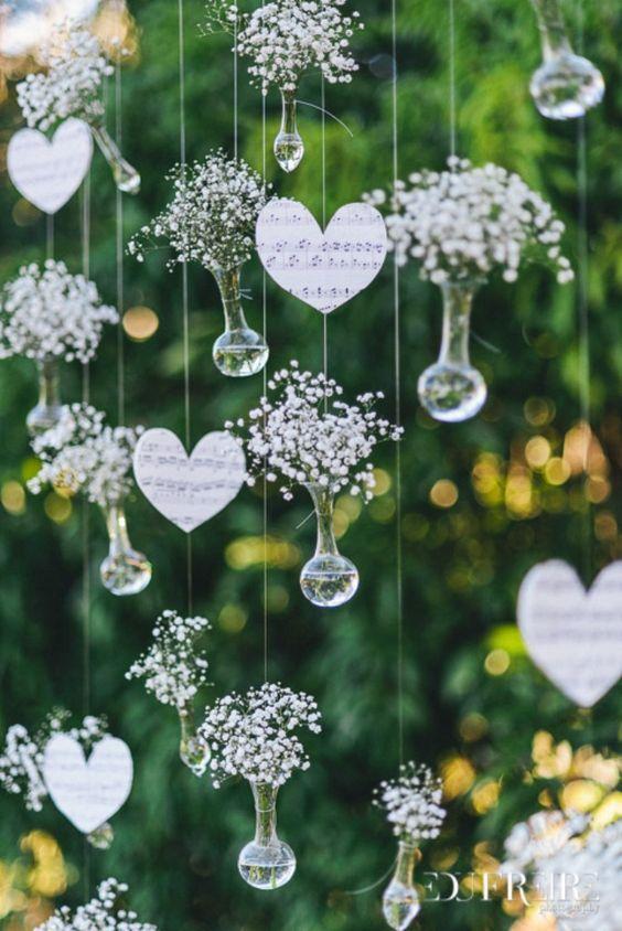 Decoração de casamento simples: produza sua cortina personalizada e arranque elogios