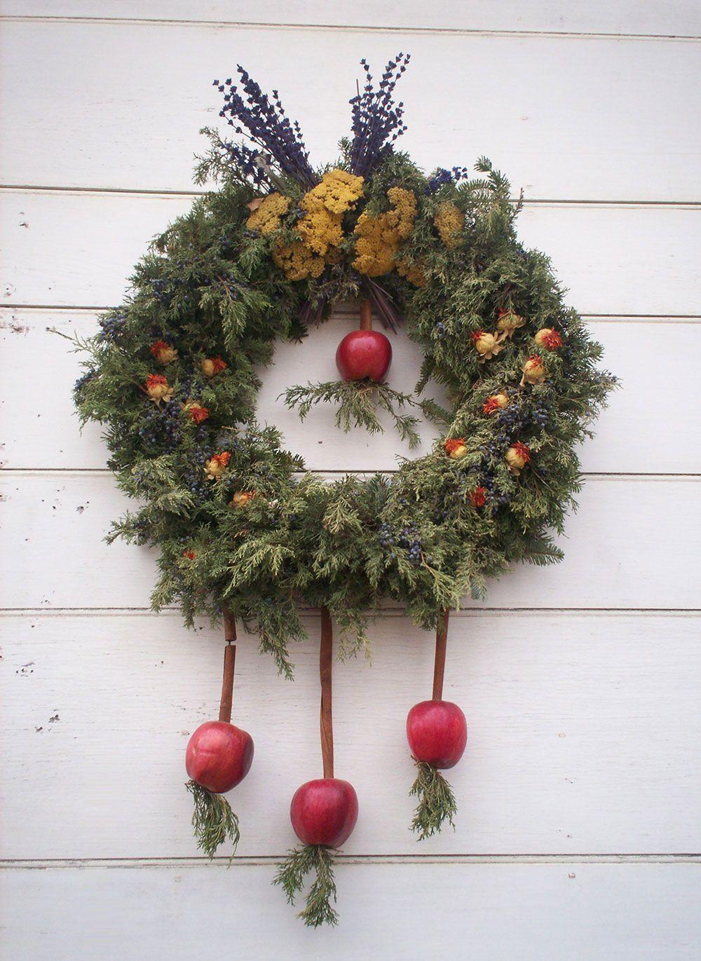 Outra opção é compor a decoração com frutas, como as maçãs neste exemplo