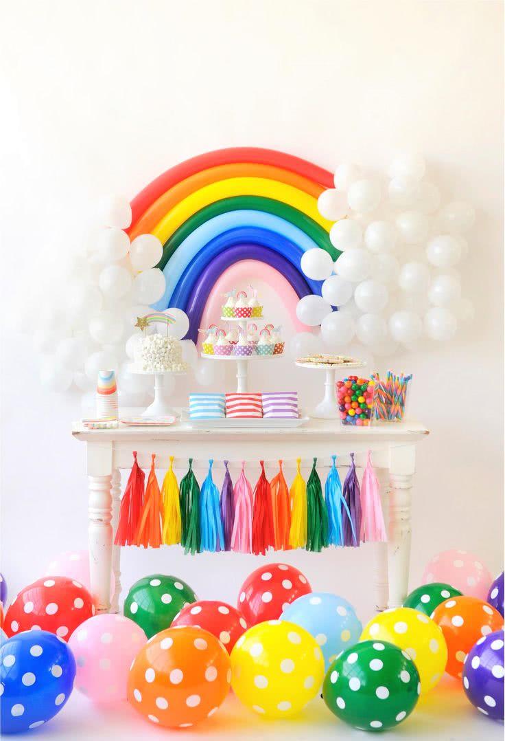Uma explosão de cores, perfeito para chamar a atenção dos convidados!