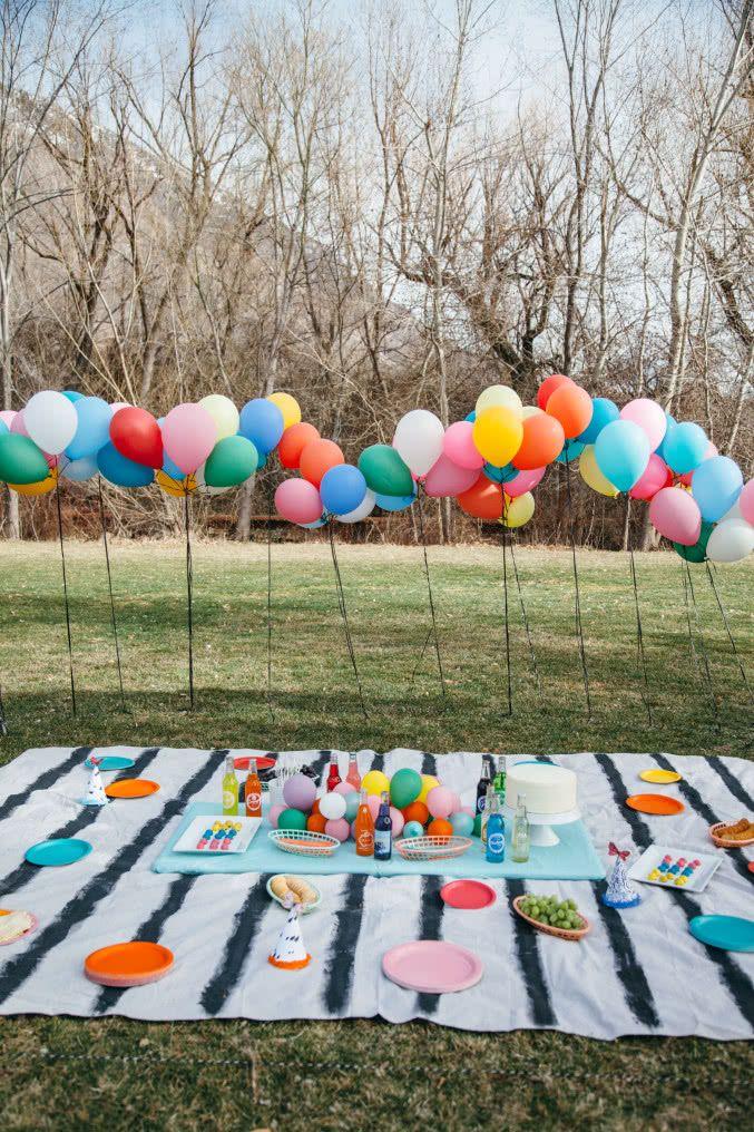 Exagere nas cores em festas em ambientes ao ar livre!