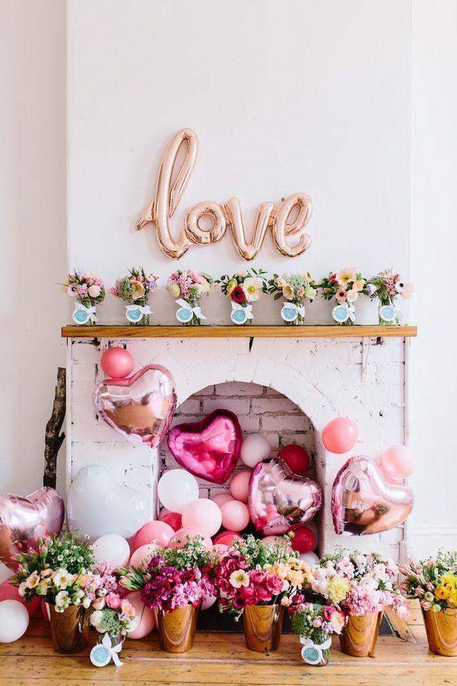 Decoração com balões metalizados: o amor está no ar!