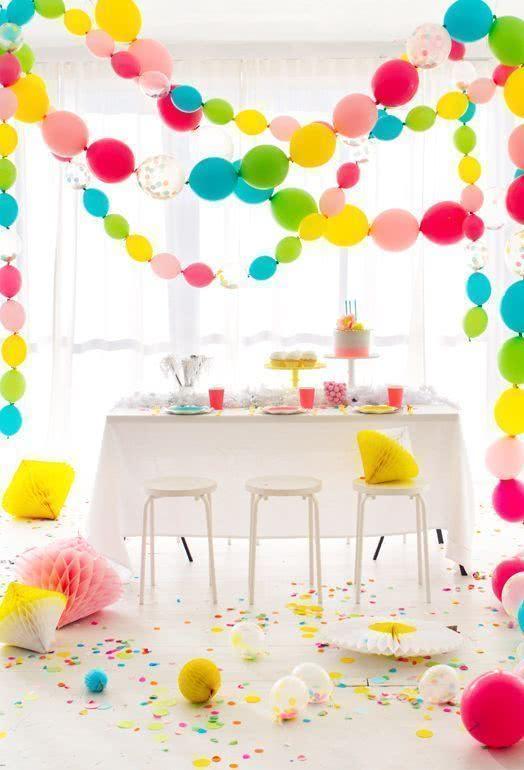 Tudo é possível com os balões, inclusive com os murchos, igual a essa referência