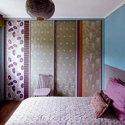 Para dar um outro visual no quarto, forre as portas com adesivos ou papel de parede