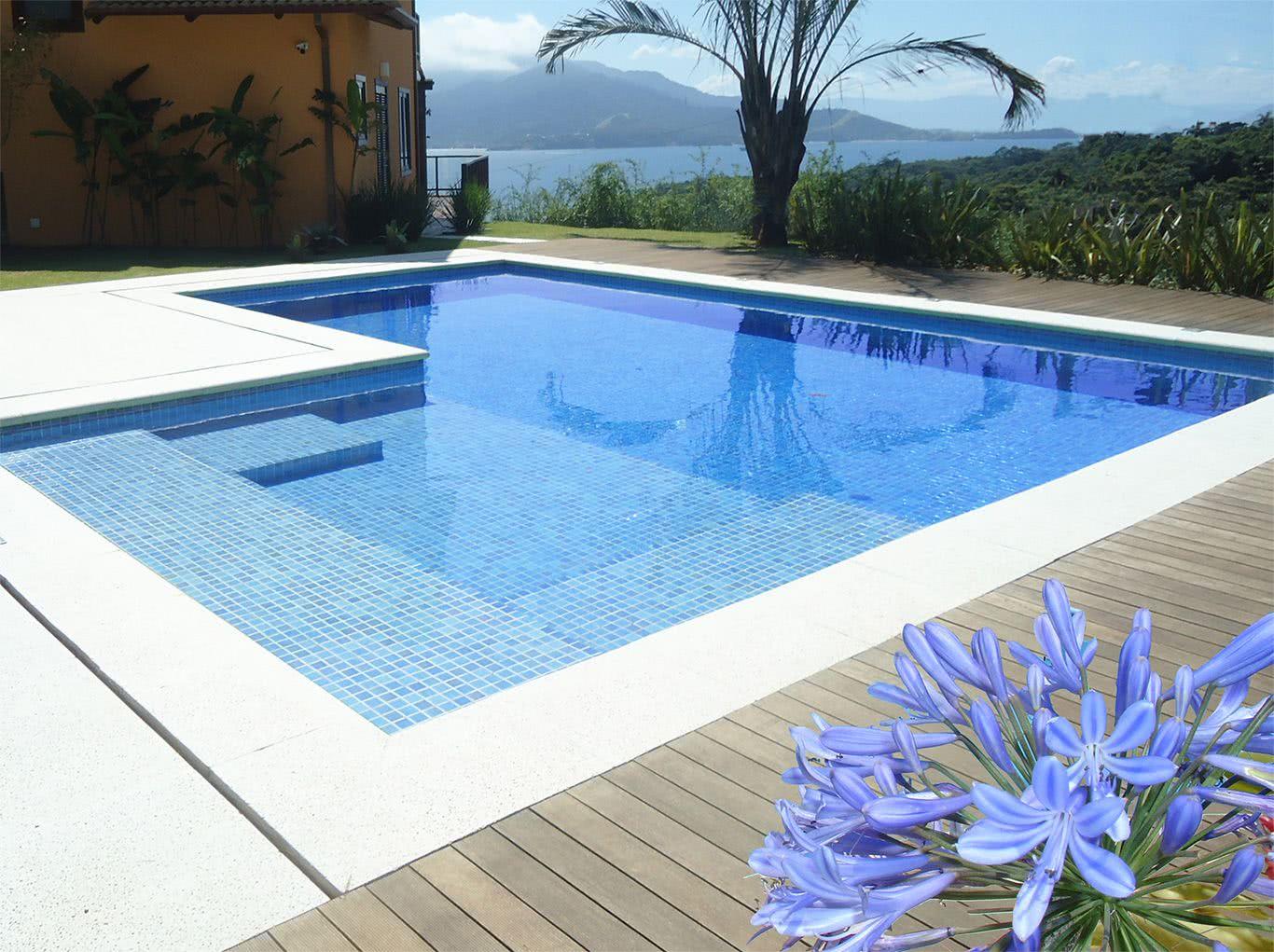 Piscina de vinil o que vantagens e fotos para se inspirar - Material de piscina ...