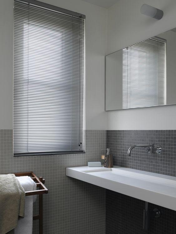 Cortina para banheiro 60 modelos e ideias para a janela - Estores de plastico ...