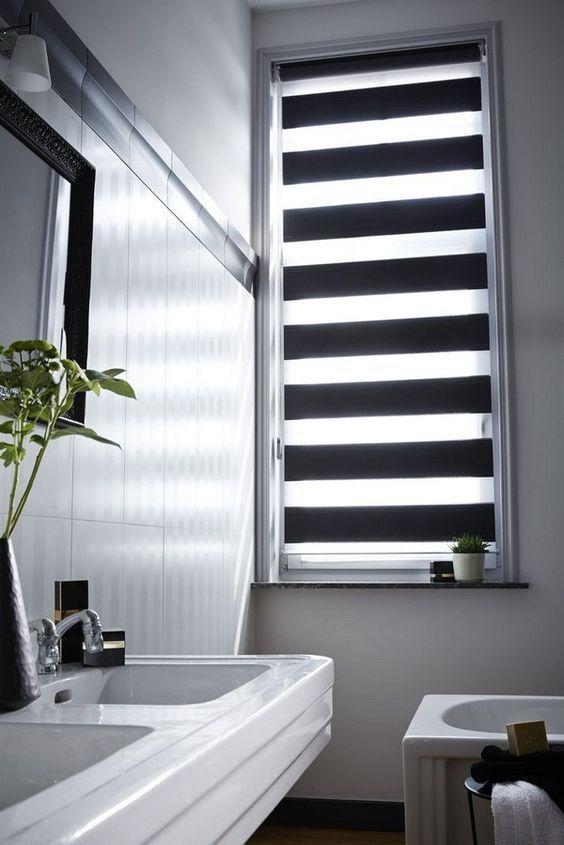 Cortina para banheiro 60 modelos e ideias para a janela for Raffrollo bad