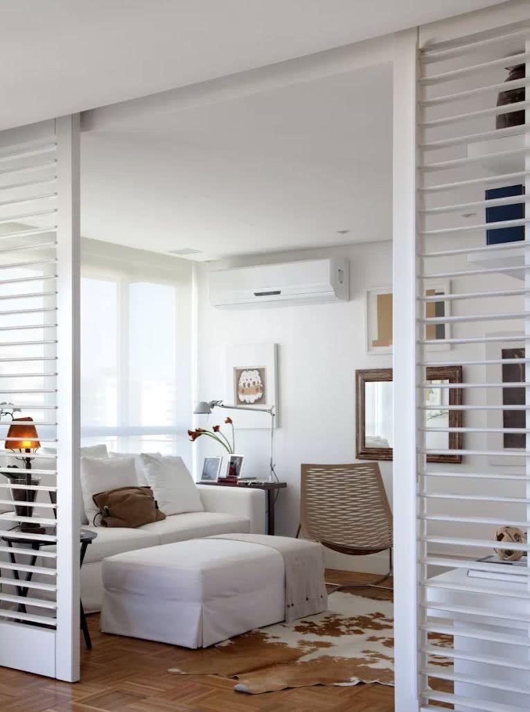 Separando as salas de forma leve e sem ocupar espaço