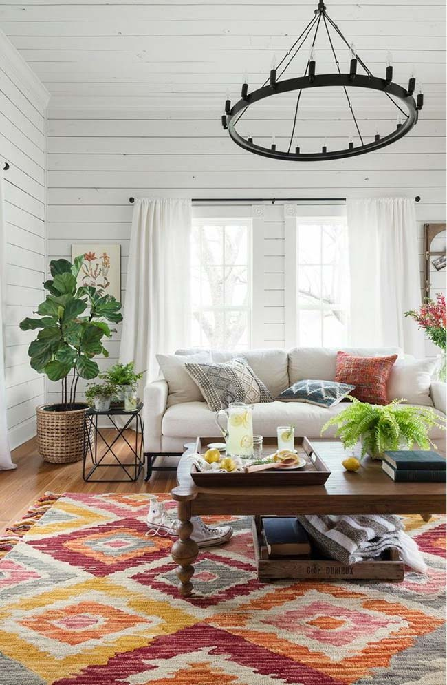 Quer uma decoração rústica, mas com toque clean? Use o branco na base