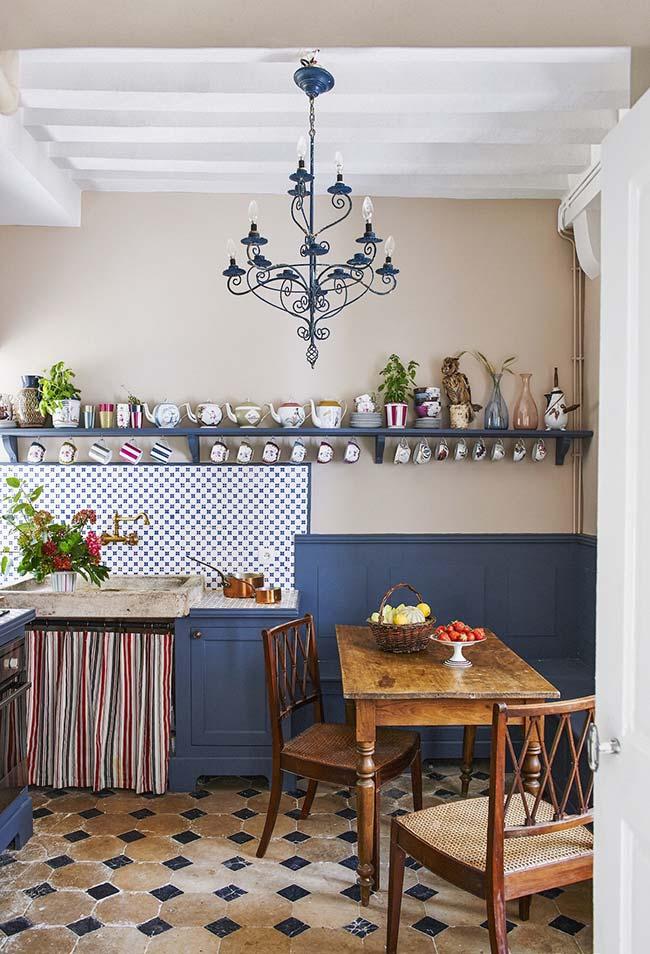Cozinha rústica e azulejo português
