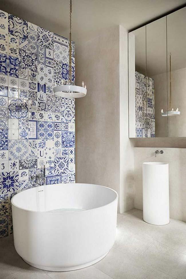 Azulejos portugueses na parede