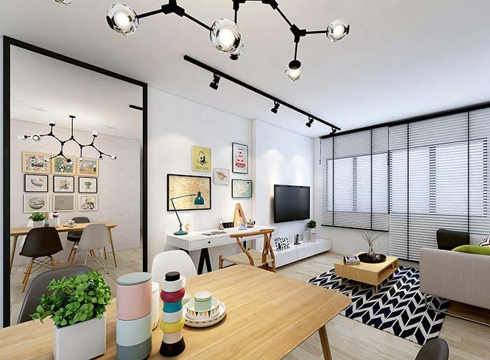 Persiana branca com detalhes em preto para combinar com o restante da decor