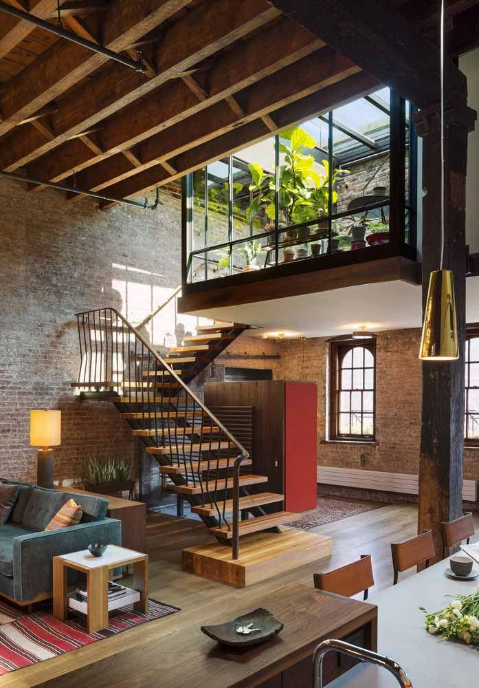 A casa com decoração de um loft é uma grande tendência