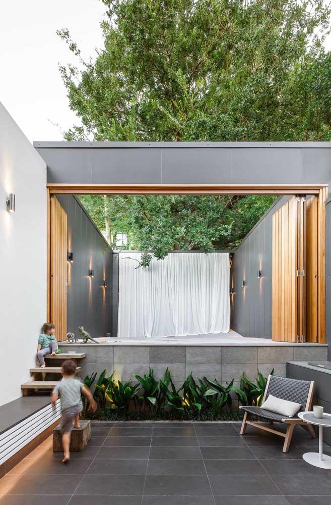 Arandelas externas simples para o espaço aberto da casa: pontos discretos, mas fundamentais de luz