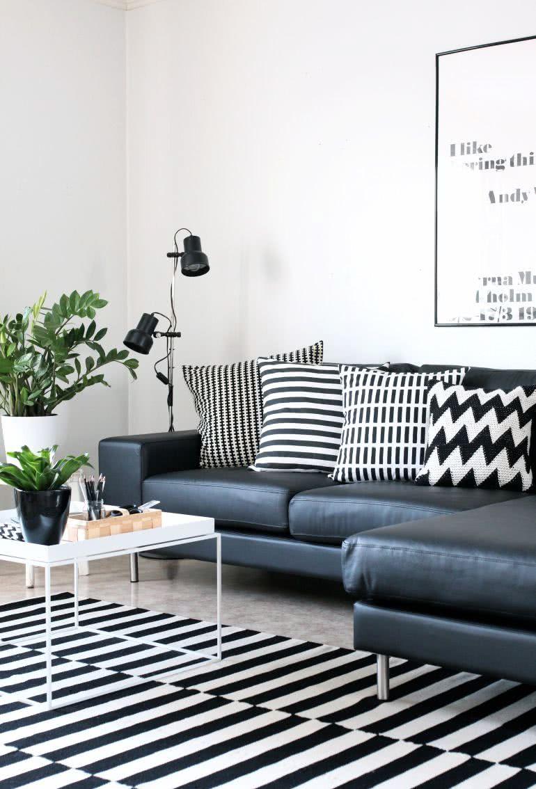 ... monotonia do lugar usando estampas preto e branco na decora??o