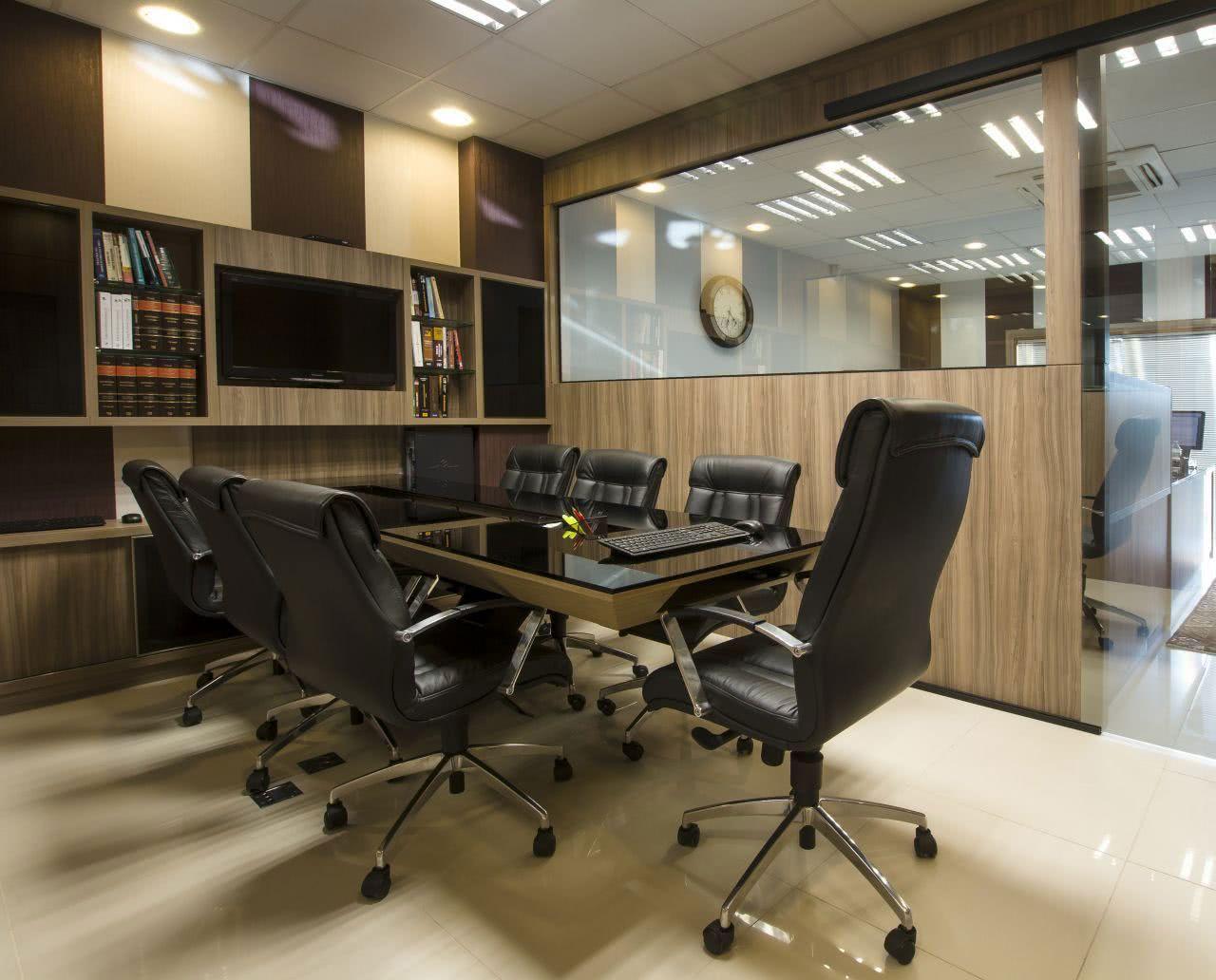 Cadeiras para sala de reunião.