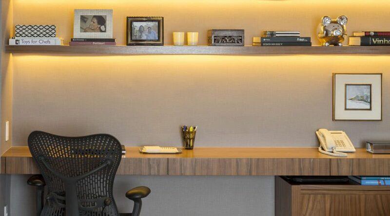 Cadeira de escritório: 60 ideias e dicas para fazer a escolha certa