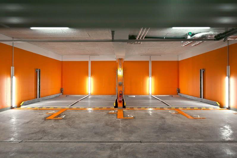 Piso para garagem tipos modelos e 60 fotos incr veis for Garage auto orange