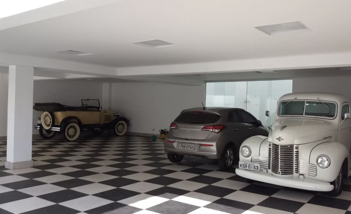 Os pisos vinílicos são uma ótima opção para ter o efeito quadriculado