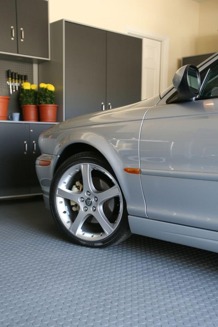 O piso de borracha possui uma solução prática que une beleza, economia e tem fácil instalação