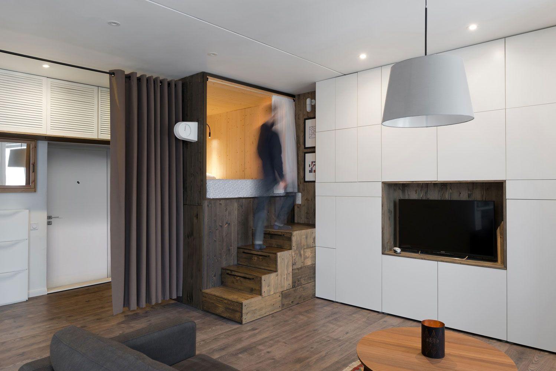 Cortina que barra a entrada na decoração de casas pequenas