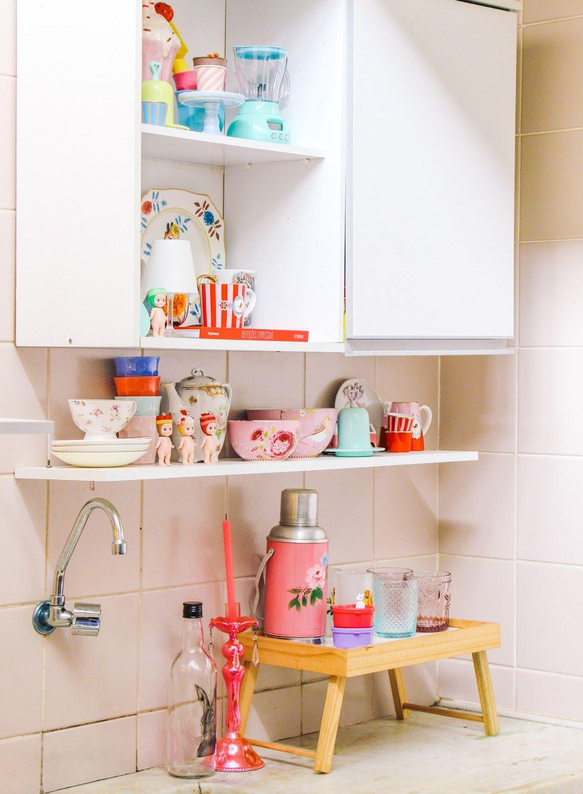 Quer dar o toque vintage em sua cozinha simples? Abuse desses itens retrô na decoração!
