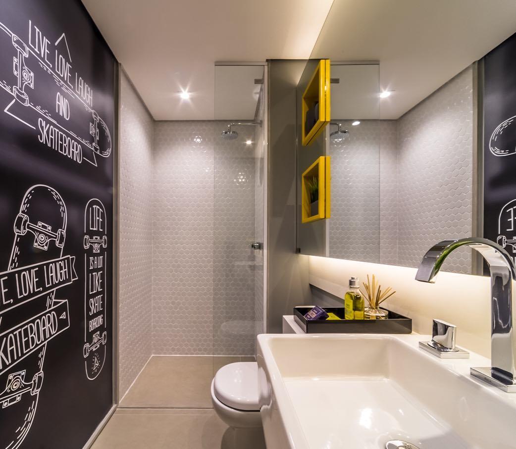Banheiro decorado de menino