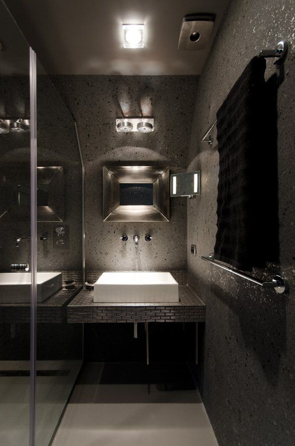 50 tons de cinza no banheiro