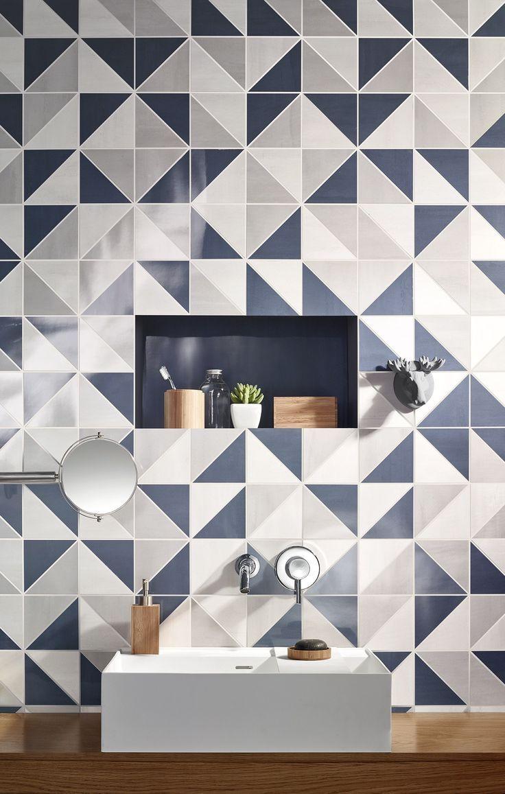 Azulejo geométrico no banheiro decorado